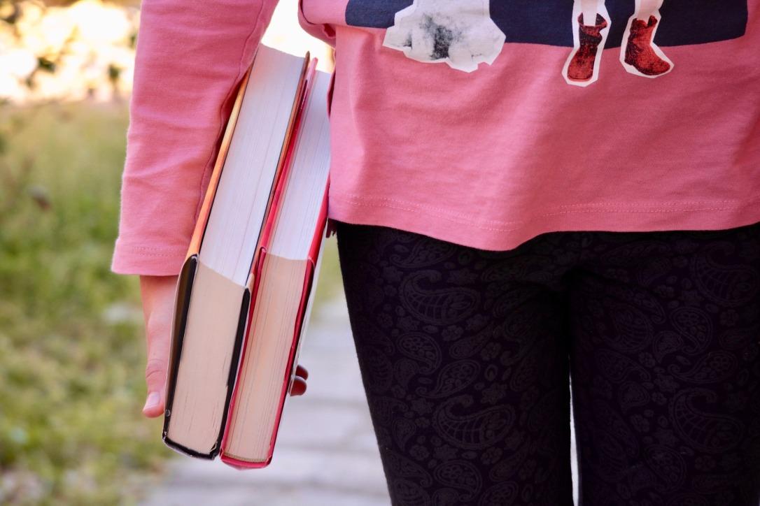 books-2182454_1920.jpg